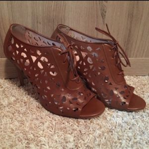 Kate Spade Brown Laser Cut Izarra Heels 9.5